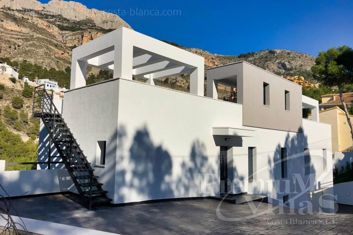 Moderne villa til salgs i nærheten av Altea Costablanca Golf Club - C2252 - Moderne villa ved Don Cayo Golf Club i Altea 3